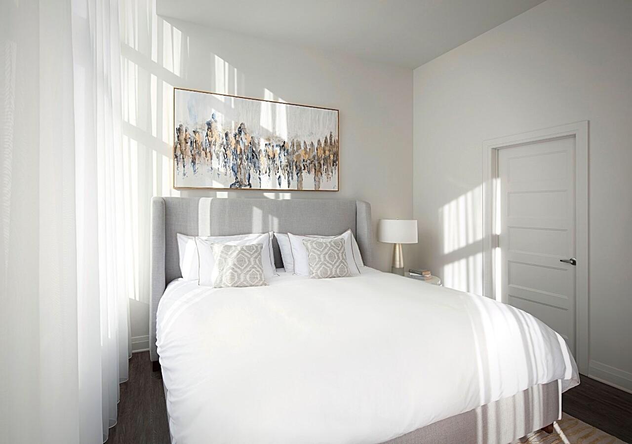 equinoxe chagall condo bedroom