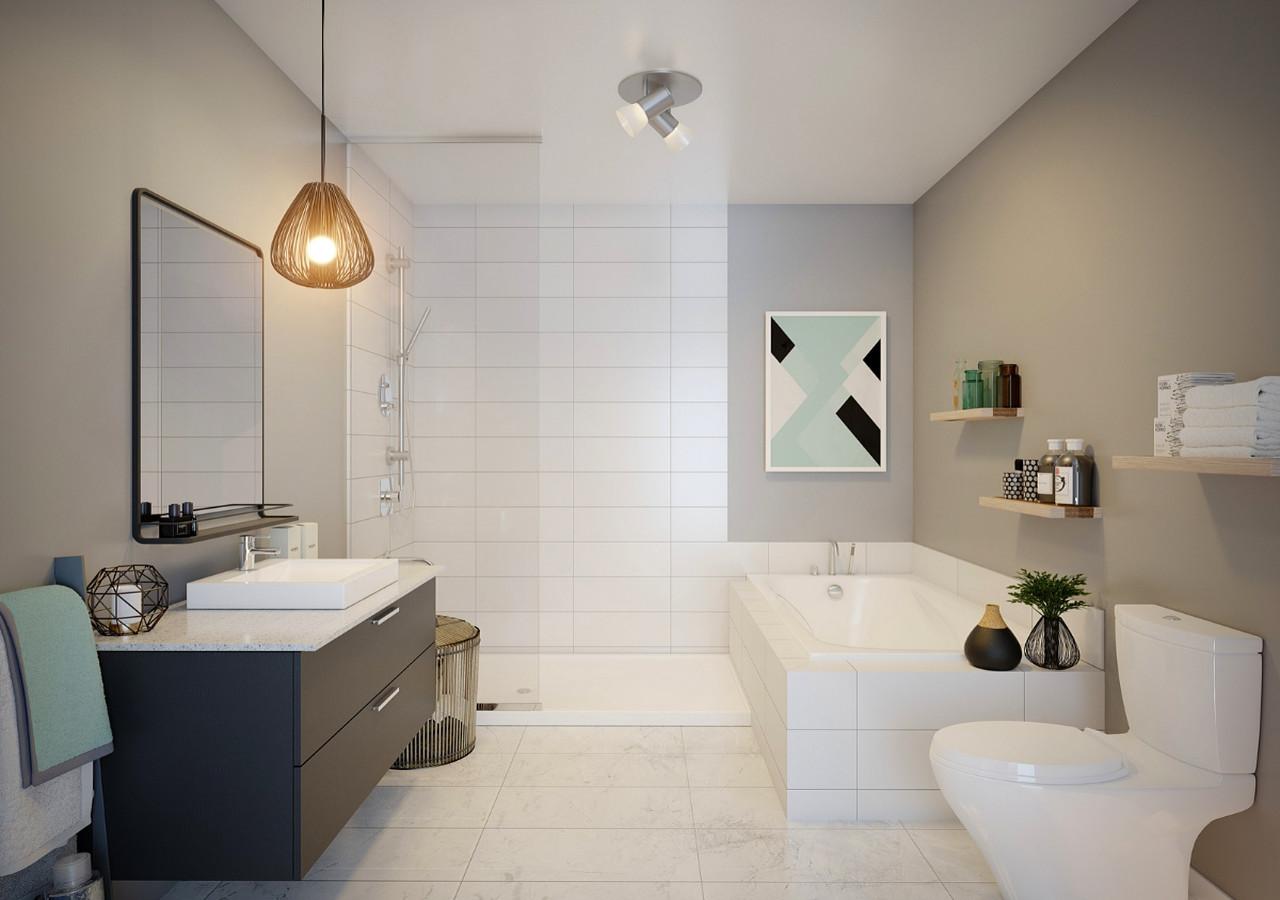 Salle de bain avec bain et douche