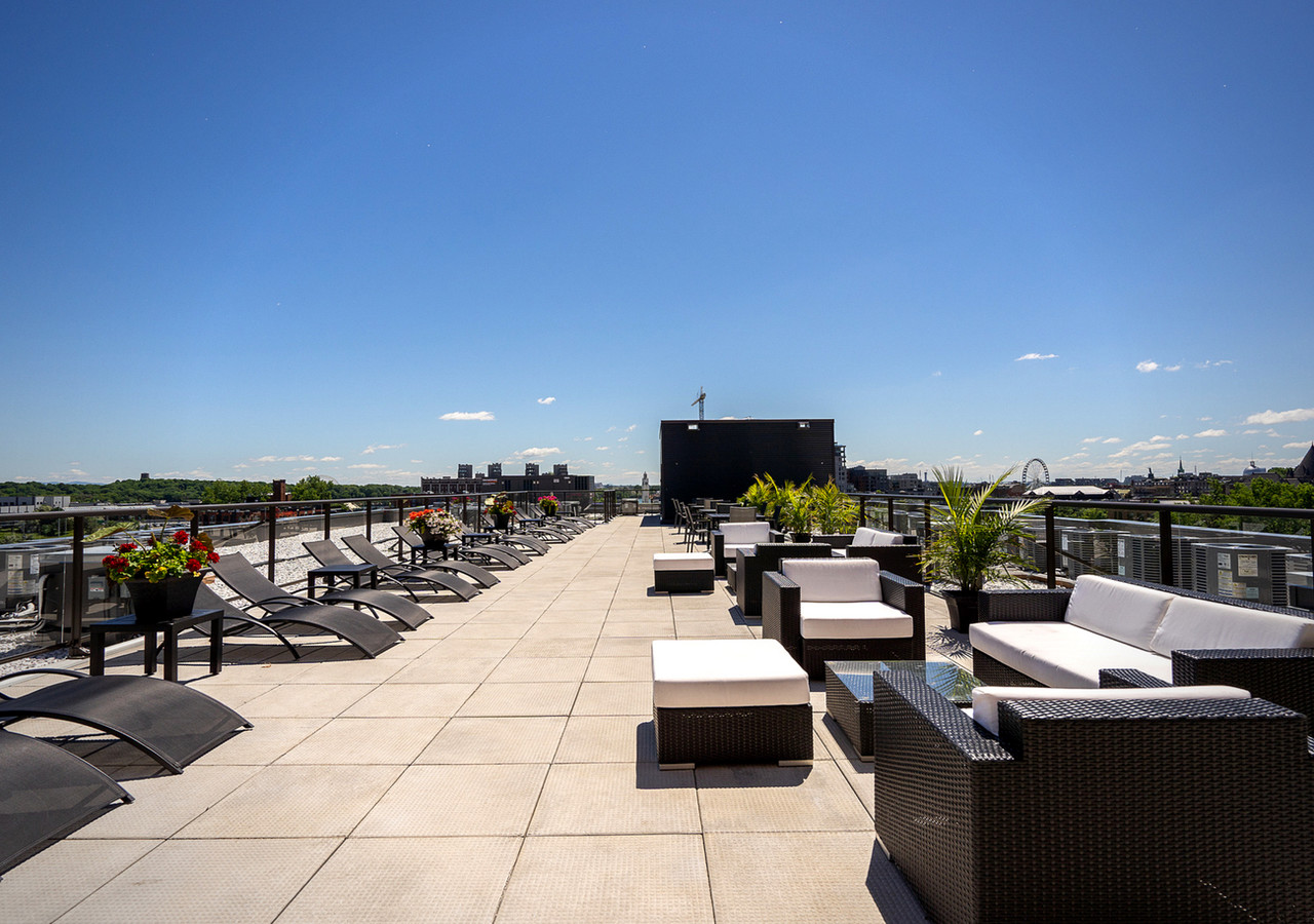 glo 2 whole rooftop terrace view