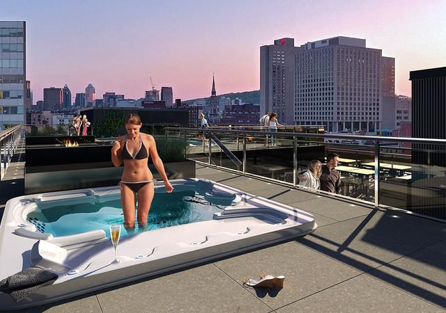 Spa sur le toit avec femme qui se baigne