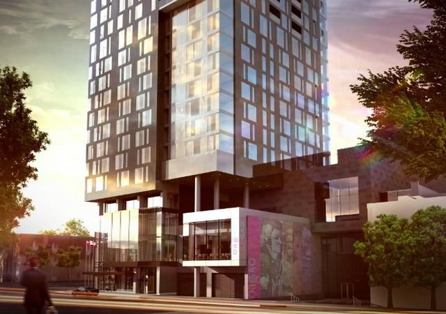 Bâtiment vue de l'extérieur avec galerie d'art au premier étage