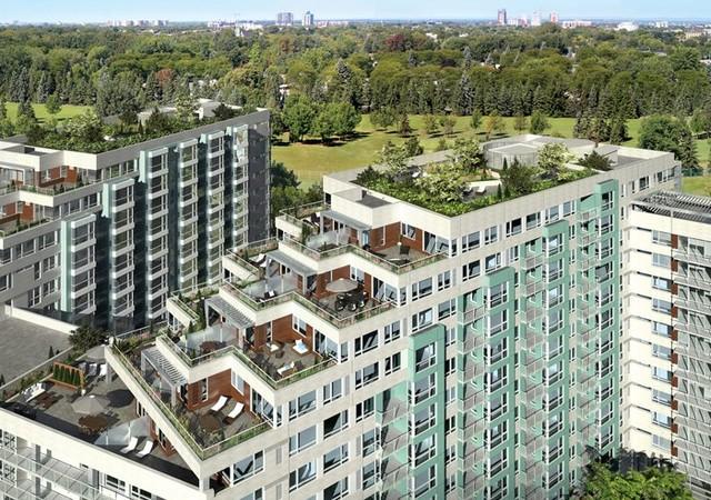 Bâtiments avec grandes terrasses vue de l'extérieur