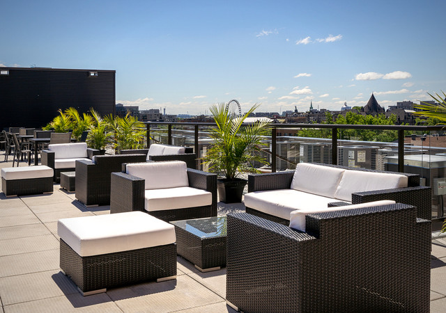 glo 2 rooftop terrase lounge area