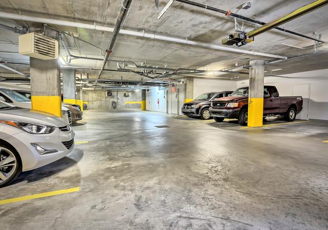 luxxcite mirabel le stationnement intérieur