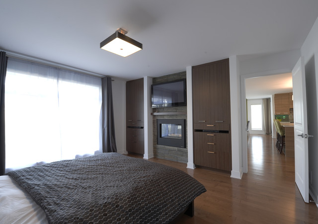 Chambre à coucher avec foyer