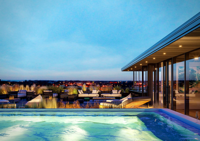 Rooftop pool with a view on the city