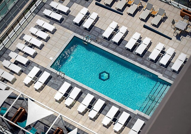 voltige apartements piscine