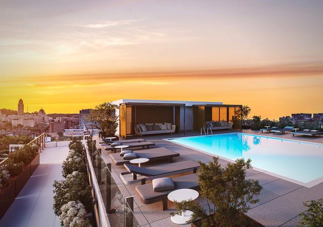 westbury condos la terrasse et la piscine