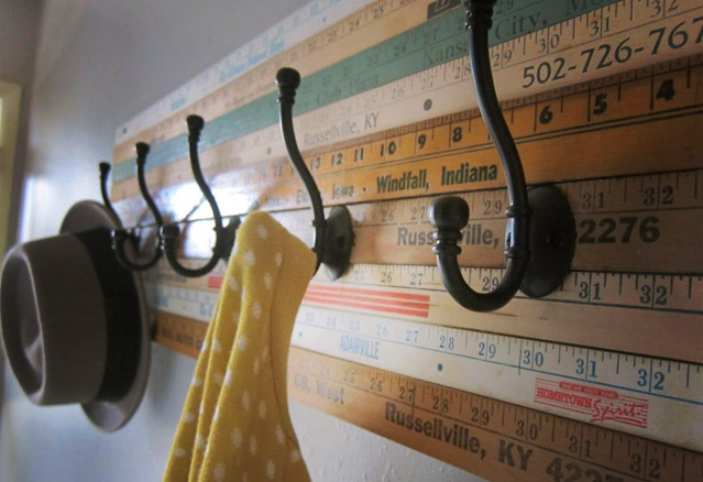 porte-manteau-regle-a-mesurer