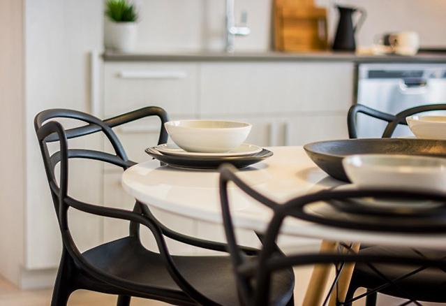 avenue-32-salle-a-manger-table