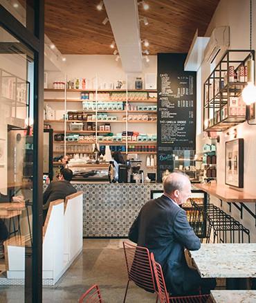 MELK Bar café