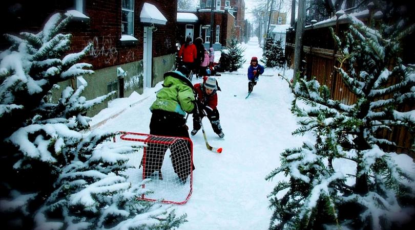 enfants hockey ruelle hiver