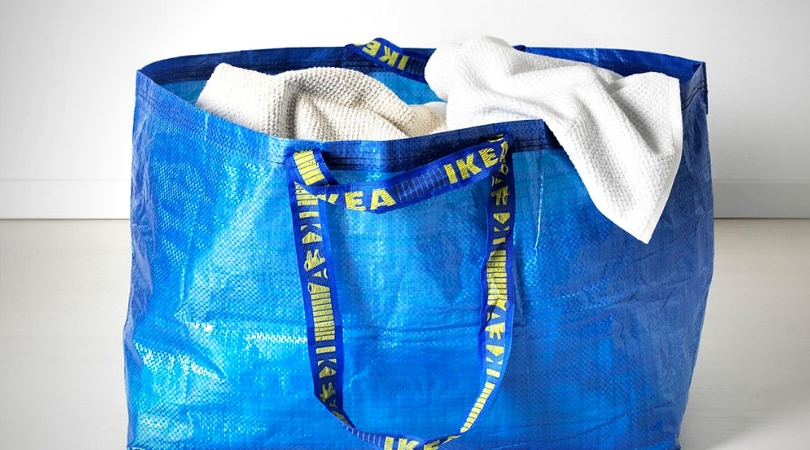 Produit emblématique d'IKEA - frakta le gros sac bleu ikea